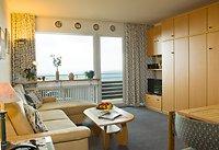 Wohnzimmer im II-Raum-Appartement oder Familienzimmer